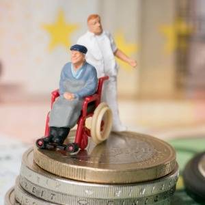 Aged care costs300