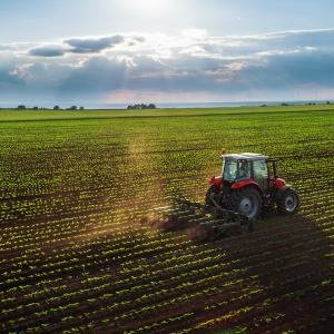 Australia's industry superannuation funds have turned their attention to agricultural investment, releasing a discussion paper which suggests that with the right incentives they would be prepared to direct funding to the area. Industry Super Australia (IS