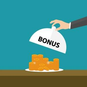 The Australian Prudential Regulation Authority has downplayed suggestions of conflicts of interest in bonuses paid to superannuation funds by life insurers.